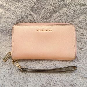 Michael Kor's Wallet Wristlet